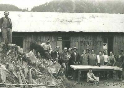 Cantine Ouvrier Brachet Pendant La Construction De Val Beynette